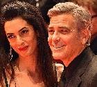 Клуни с супругой жертвуют миллион на борьбу с преступной нетерпимостью