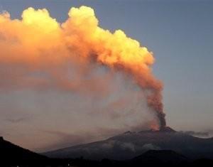 Проснулся самый активный вулкан Европы