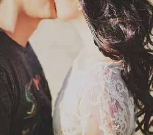 Восемь причин, по которым нужно больше целоваться