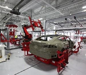 Начнут ли создавать электрокары Tesla в Украине?