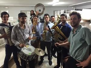 Balkan Ba Machsan Orchestra  - свободный вход на вечеринку в канун Дня Независимости
