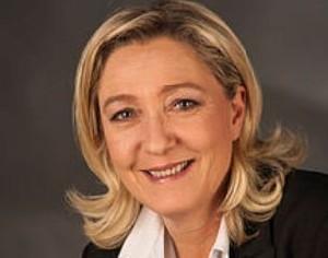 Ле Пен оставила Национальный фронт, чтобы сосредоточиться на подготовке ко второму туру выборов