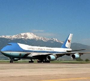 Boeing получил контракт на строительство самолетов для президента США