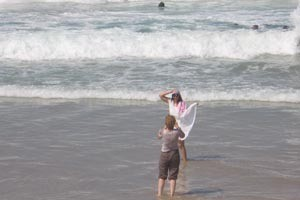 Тель-Авив: купание на пляже Фришман запрещено из-за нехватки спасателей