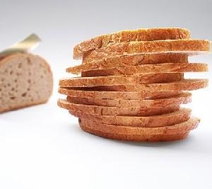 Почему не стоит начинать трапезу с хлеба?