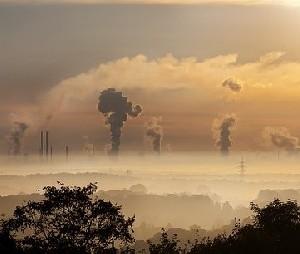 Невзирая на загрязнение воздуха, власти бездействуют