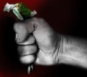 В Украине ввели уголовную ответственность за бытовое насилие и домогательства