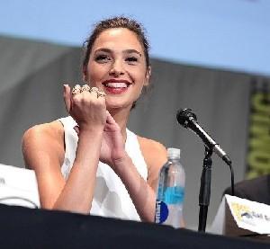 Израильская актриса сделала свой вклад в женский успех на большом экране