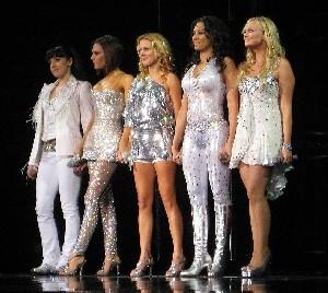 Легендарные Spice Girls собрались вместе впервые за 6 лет