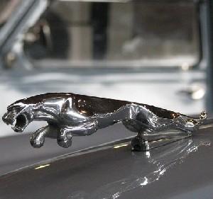 Jaguar бросает вызов компании Tesla