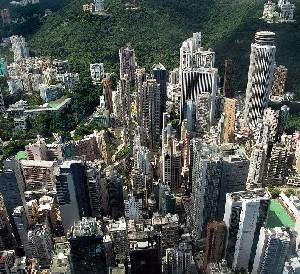 Гонконг: массовая эвакуация из-за бомбы