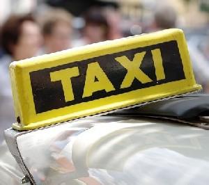 Mercedes и Bosch начнут тестировать самоуправляемые такси