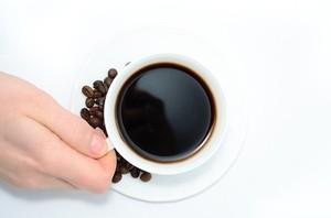 Женщинам советуют пить больше 2 чашек кофе в день