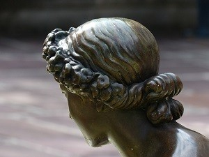 Cамый простой способ обратить вспять повреждение волос