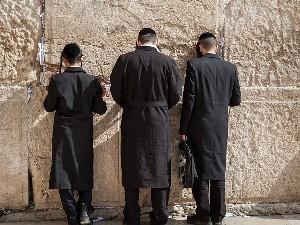 Нетаниягу согласился пересмотреть белый билет для ультрарелигиозных евреев
