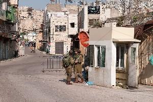 Израиль разрешил палестинцам ездить по запрещенной улице Хеврона