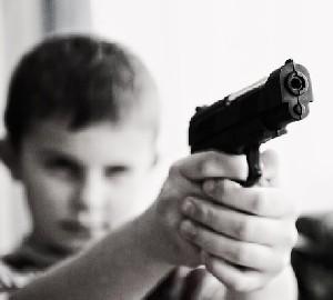После трагедии во Флориде оружия станет… больше