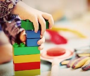 Сотрудница детского сада призналась, что издевалась над детьми