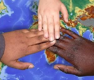«Еврейский дом» продолжает попытки избавиться от нелегалов