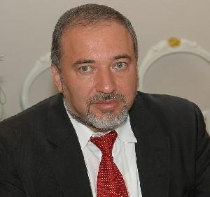 Ходят слухи, что Либерман оставляет должность министра обороны