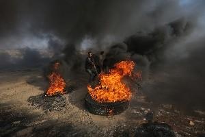 На границе с Газой ранено 20 протестующих, ранен израильский пограничник