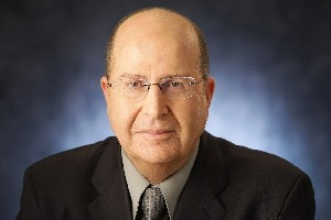 Яалон обвинил Лапида в отталкивании потенциальных избирателей